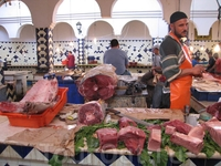 Рынок. Рыбные ряды. Тунец.