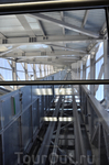 Холменколлен. На лифте на вершину трамплина на смотровую  площадку.
