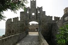 ворота Старого города в Родосе