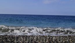 Море в Пицунде кристально чистое!